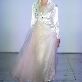 White LogoR suit